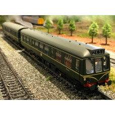 Bachmann Class 108 2 Car DMU BR Green With Speed Whiskers 32-900A