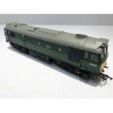Bachmann Class 25/2 D5233 BR Green 32-411