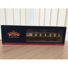 Bachmann BR MK1 RU Restaurant Car Chocolate & Cream  W1911 39-102B