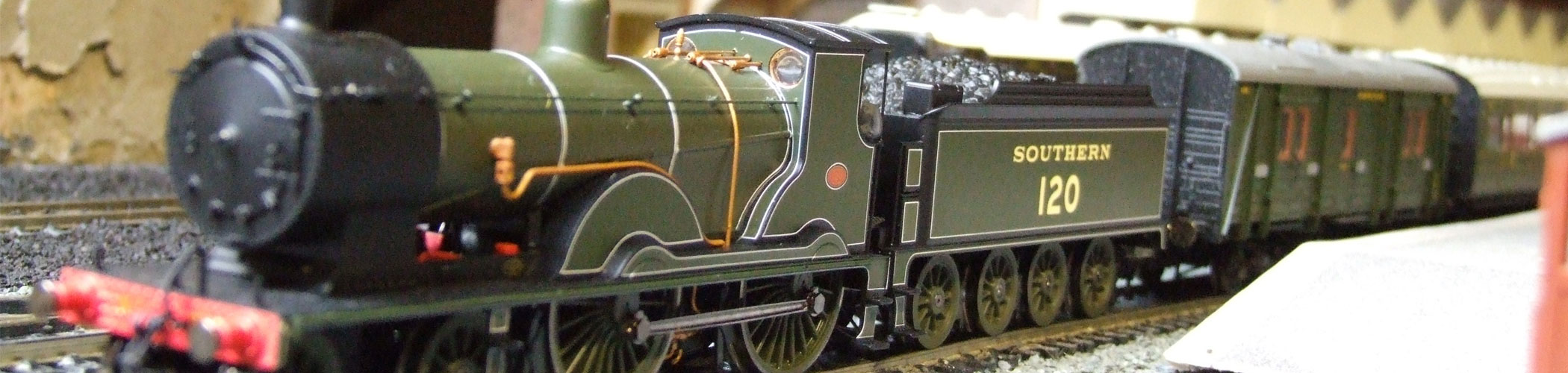 Hornby Locomotives - View our range of Hornby Diesel and Steam Locomotives, Coaches and Wagons